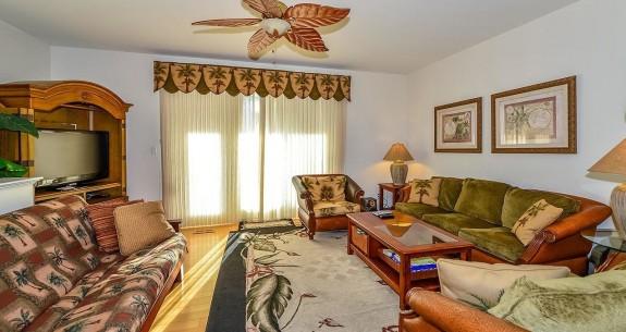 Living Room at Tamarindo 1