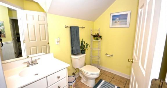 Ground Floor Full Bathroom